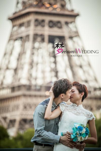 Dream Wedding Boutique Singapore Bridal Paris Europe Prewedding Photoshoot professional photography 35 eiffel tower couple kissing