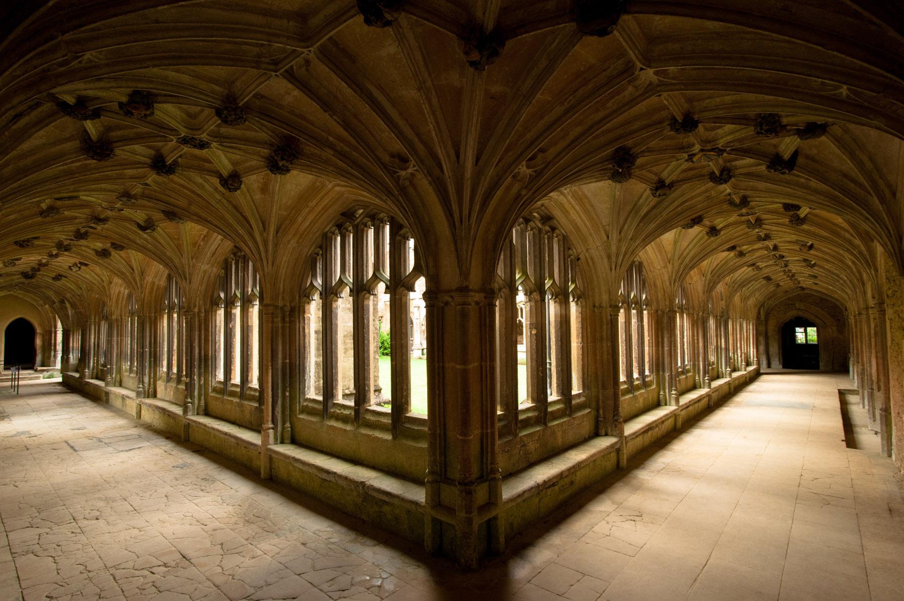 Lacock Abbey A Trip To Hogwarts Dream Wedding
